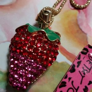 NWT BETSEY JOHNSON CRYSTAL STRAWBERRY NECKLACE